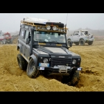 Roads On The Way: Giro del mondo in LR Defender 110
