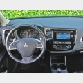 Test  Drive:  Mitsubishi  Outlander  2.2  DI-D  4WD   Instyle