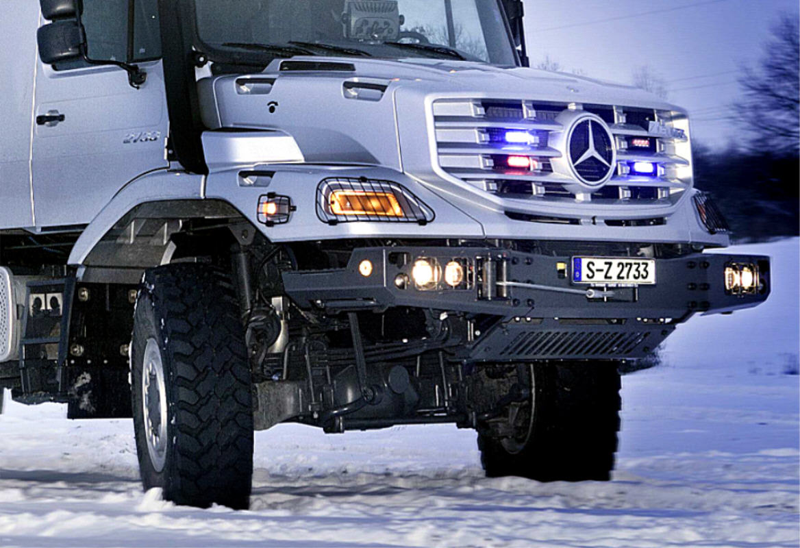 Mercedes-Benz Zetros 6x6 in Mongolia