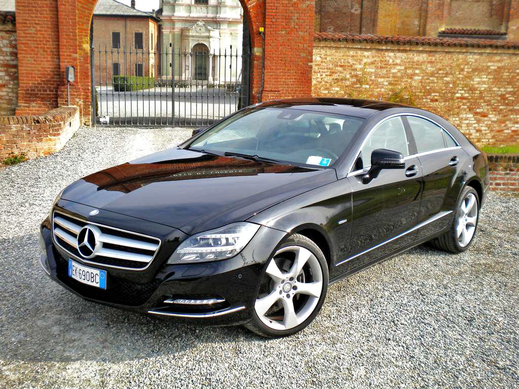 mercedes cls 350 cdi blueefficiency 4matic. Black Bedroom Furniture Sets. Home Design Ideas