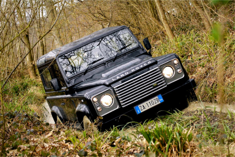 Test  Drive:  Land  Rover  Defender  90  MY  2012