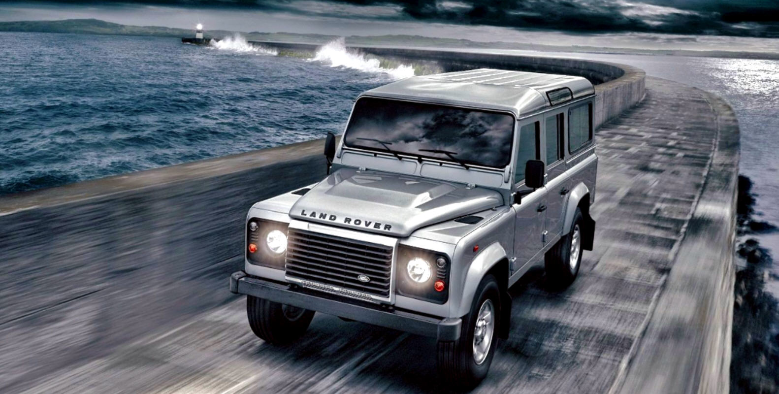 Land Rover Defender MY 2012: Nuovo diesel di 2.2L