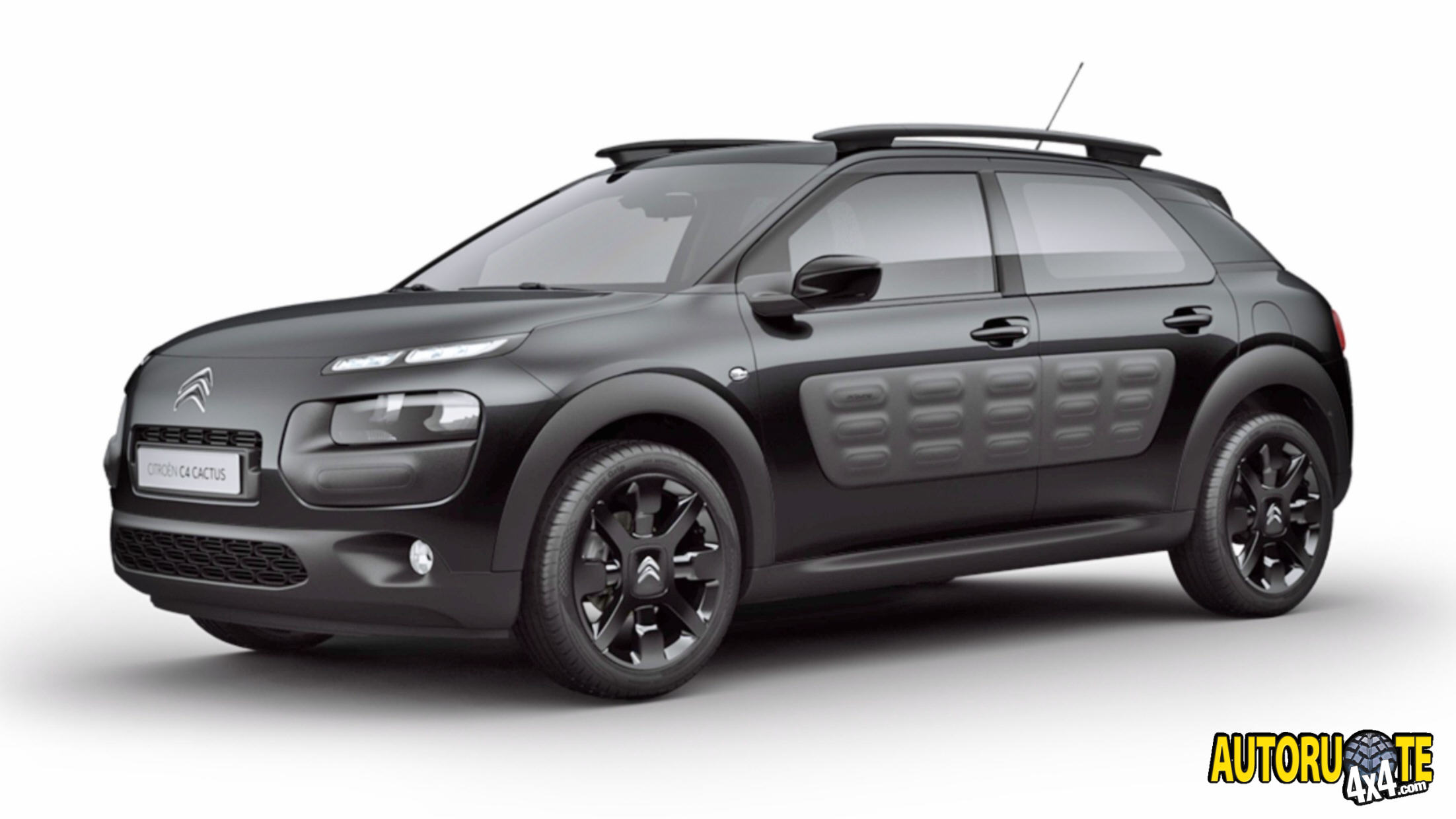autoruote 4x4 web magazine sulla mobilit 4x4 e sull 39 offroad citroen c4 cactus just black. Black Bedroom Furniture Sets. Home Design Ideas