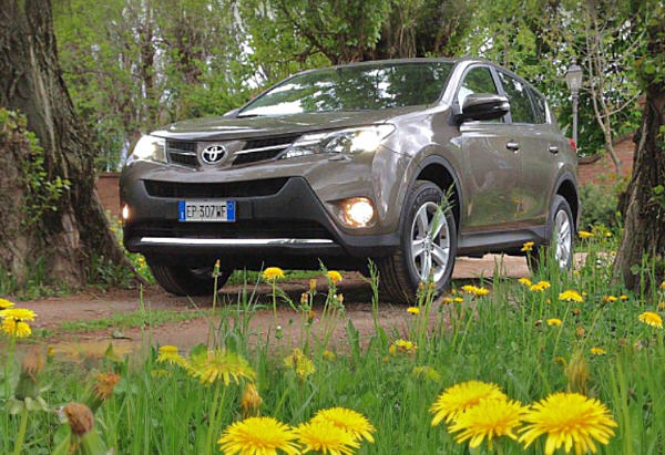Test Drive: Toyota RAV4 2.0 D-4D 2WD Active
