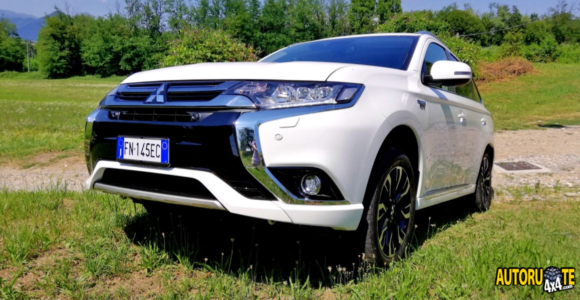 Test Drive: Mitsubishi Outlander 2.0 MIVEC 4WD PHEV Instyle Diamont