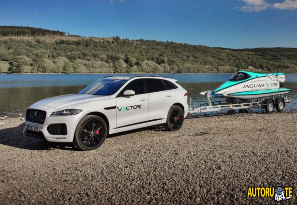 Jaguar Vector Racing V20E: Record mondiale sull'acqua