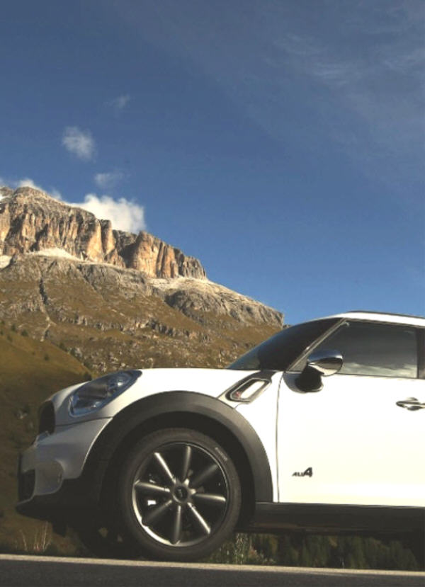 COUNTRYMAN ALL4: La prima MINI AWD